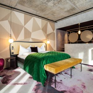 6 طراحی شگفت انگیز موکت هتل برای الهام بخشیدن به شما